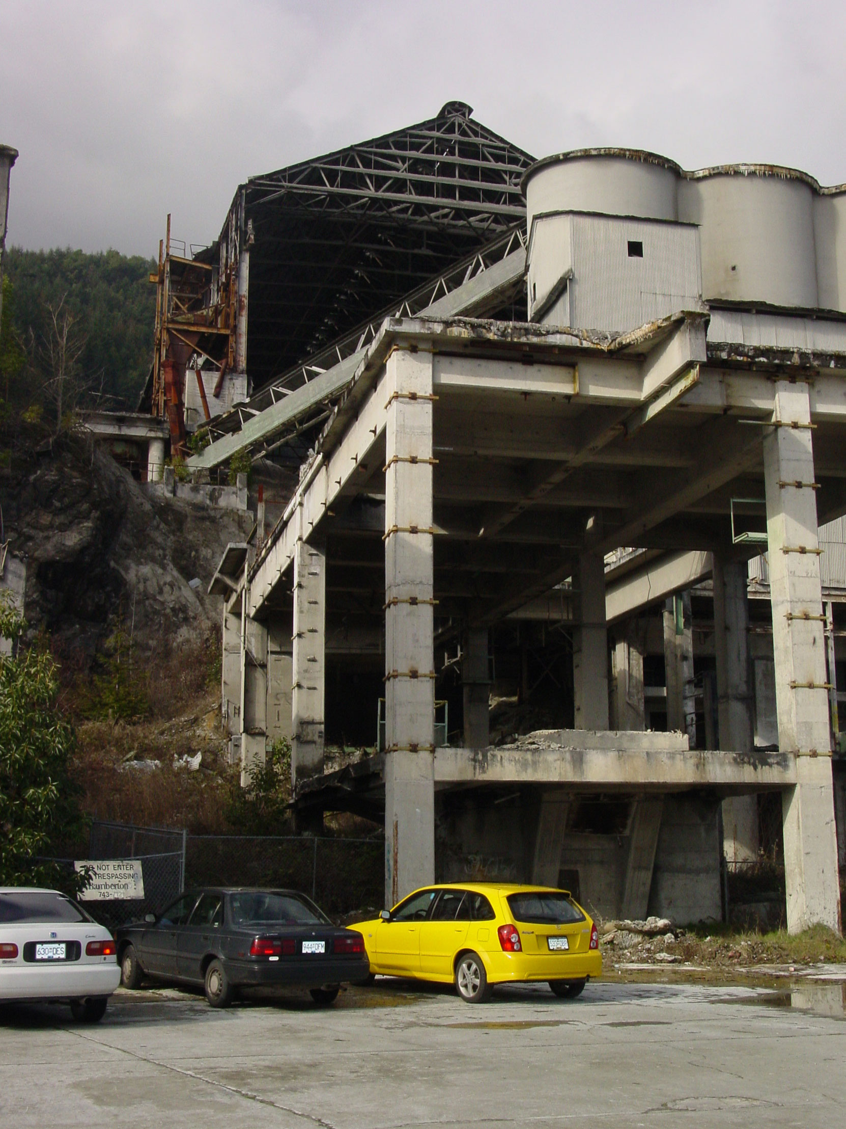 Bamberton cement factory ruins, 2004 (photo by author)