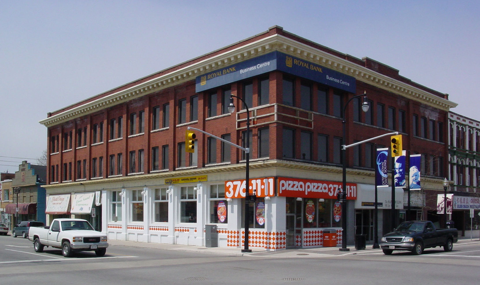 The Kilbourn New Block, 900 2nd Avenue East, in downtown Owen Sound, was built in 1910 by John M. Kilbourn and the Kilbourn family (photo by Author)