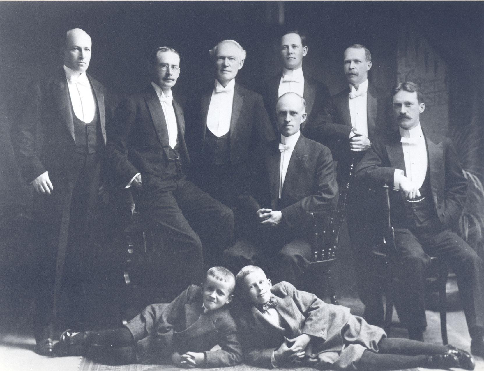 KIlbourn family portrait, 1911 (courtesy of William Mainguy - mainguy.ca)