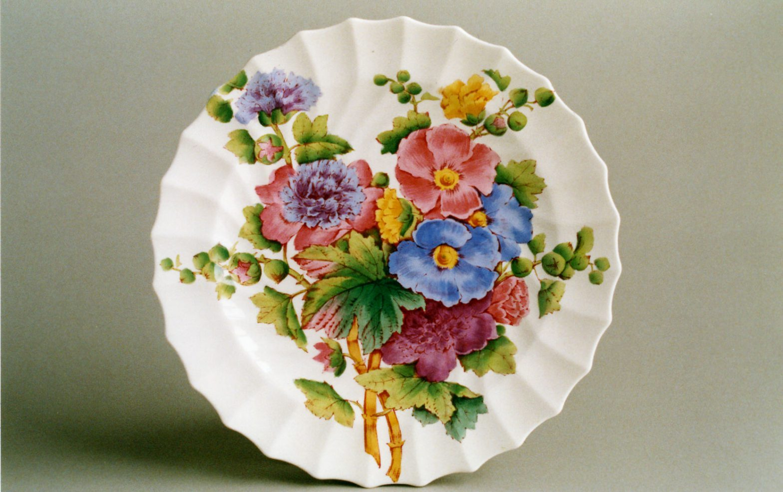 "Spode Plate in Charlotte design showing ""Butchart"" pattern (courtesy of Bill Coles)"