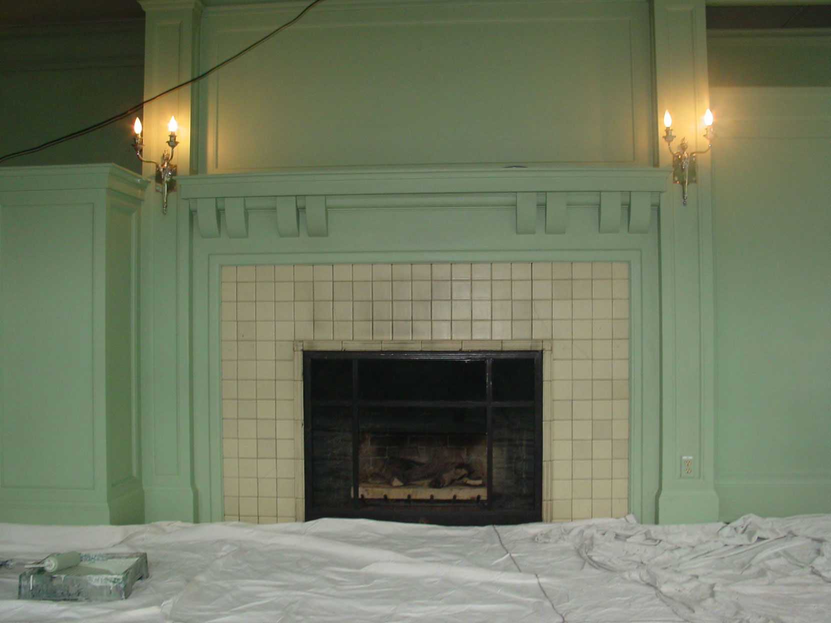 Samuel Maclure fireplace during Sun Room renovation in November 2003 (photo by Author)