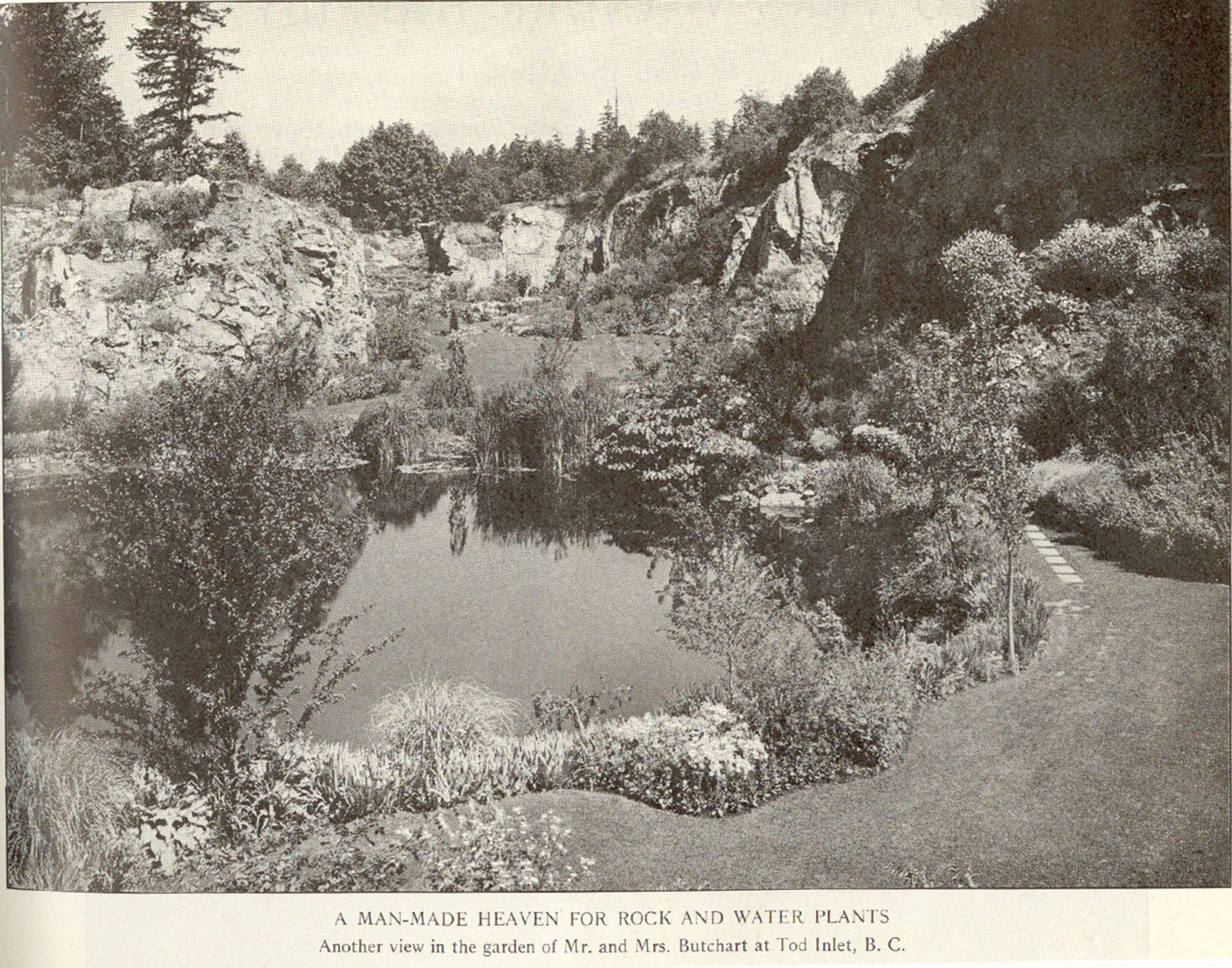 The Sunken Garden, 1922. This photo originally appeared in a 1922 magazine article (Author's collection)