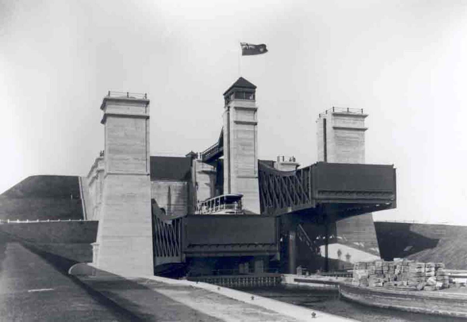 The Peterborough Lift Lock in 1904 (photo courtesy of Parks Canada)